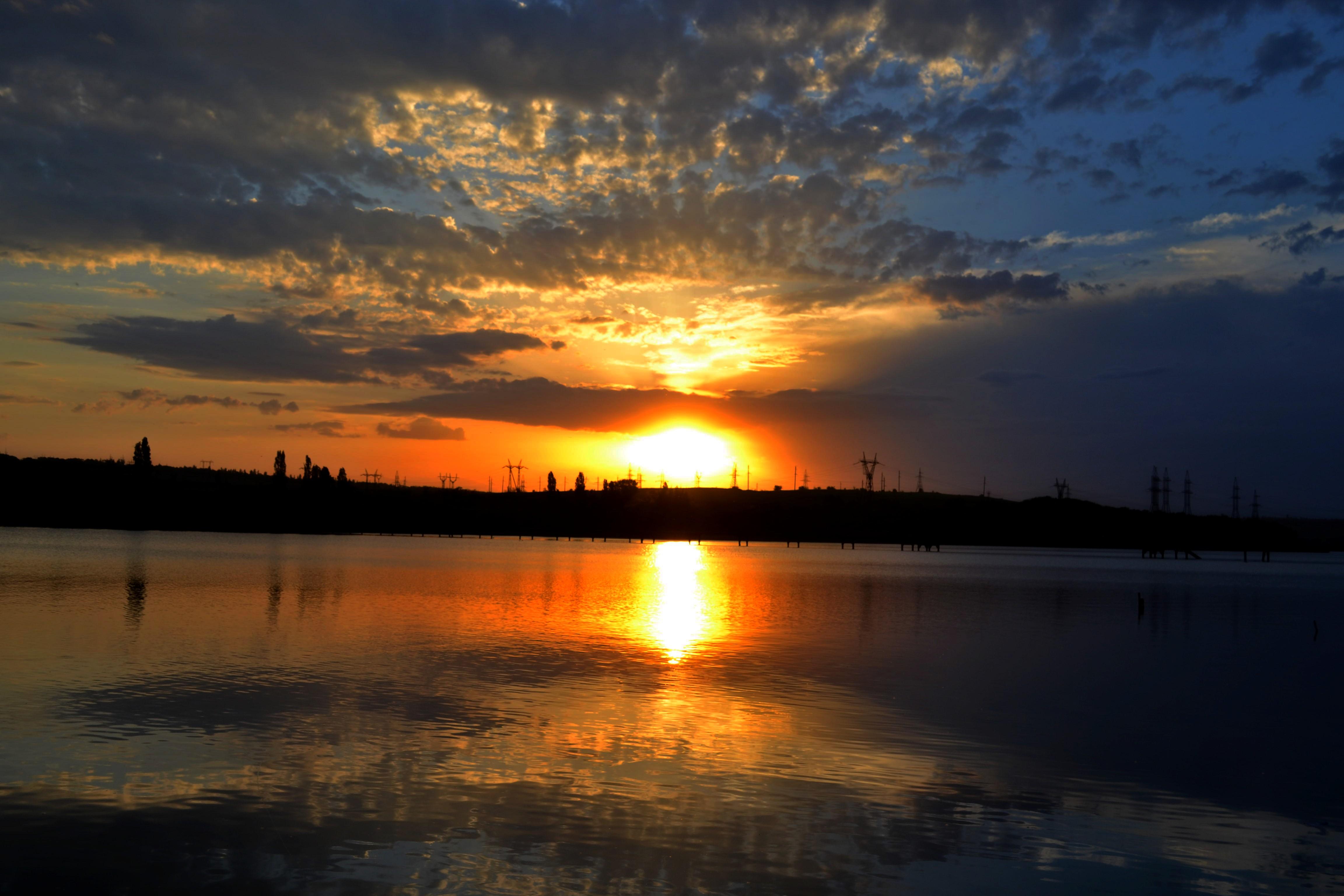 http://images.sevstar.net/images/47804472094429042519.jpg